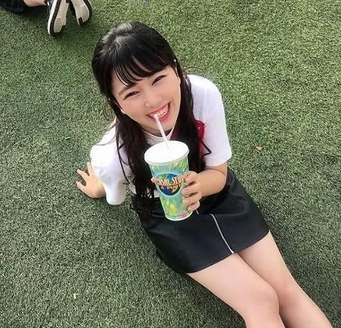 黒田みゆの美脚画像1
