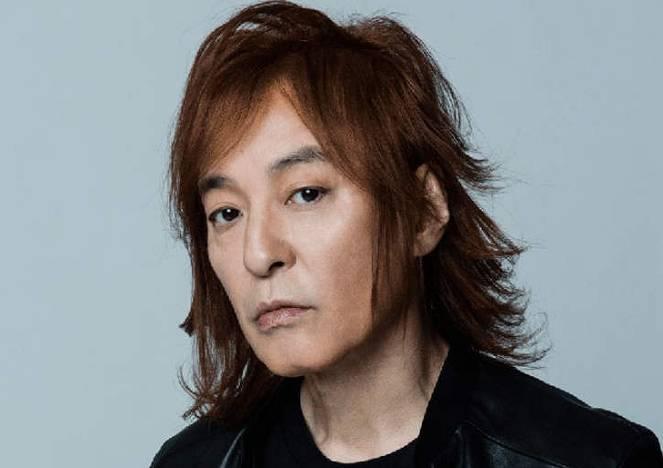 田村憲久厚生労働大臣の変な髪型と似てる芸能人