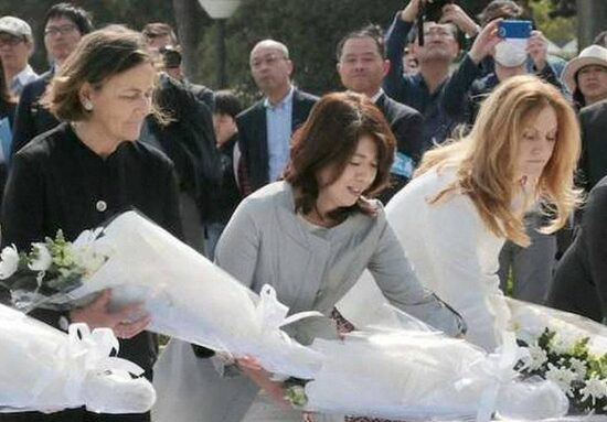 岸田文雄の嫁、裕子夫人は東京女子大学